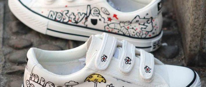 Phương pháp vẽ giày bằng màu acrylic